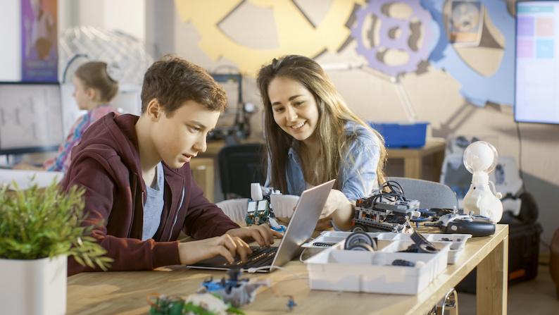 Student Counsellor Required: Digitech Studio School, Bristol
